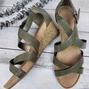 Aerosoles Englightened Low Wedge Sandals